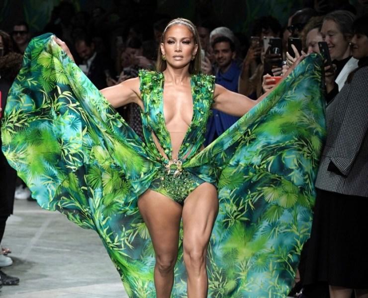 Jennifer Lopez Versace - Runway - Milan Fashion Week Spring/Summer 2020