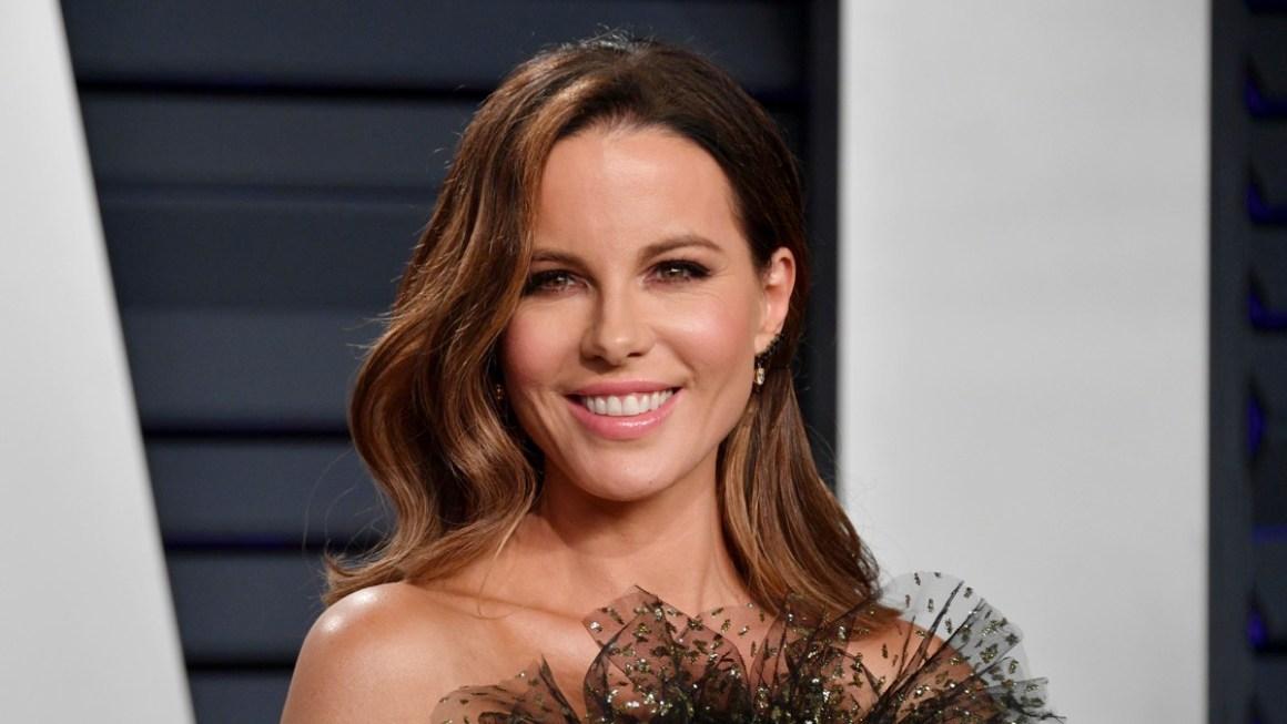 Kate Beckinsale 2019 Vanity Fair Oscar Party Hosted By Radhika Jones - Arrivals