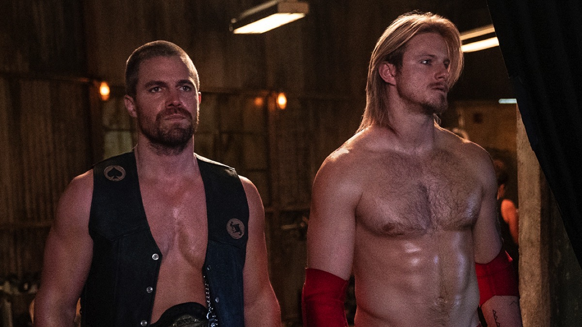 Stephen Amell and Alexander Ludwig are shirtless and sweaty for Heels