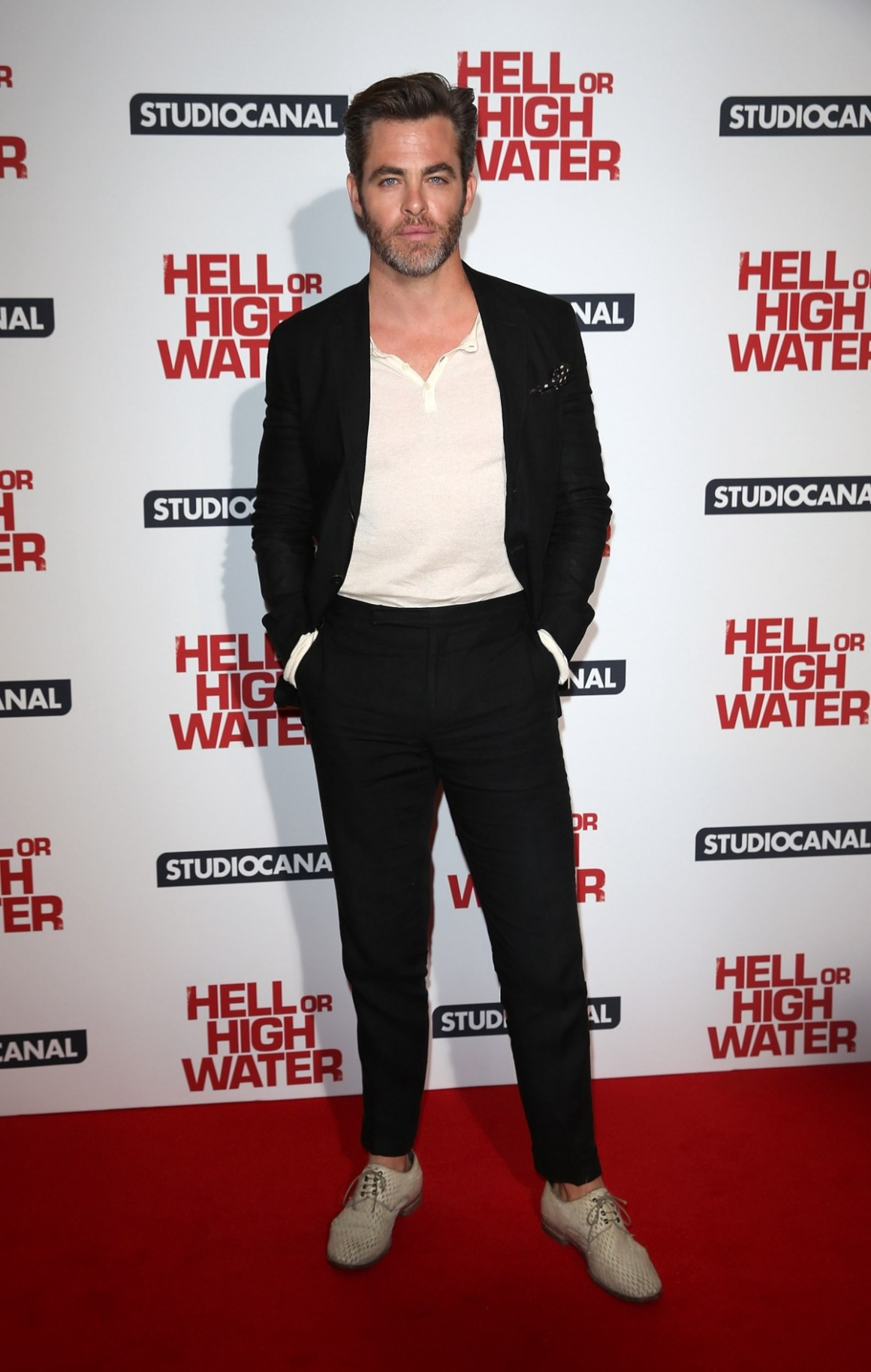 """Chris Pine """"Hell Or High Water"""" - Gala Screening - Red Carpet Arrivals"""