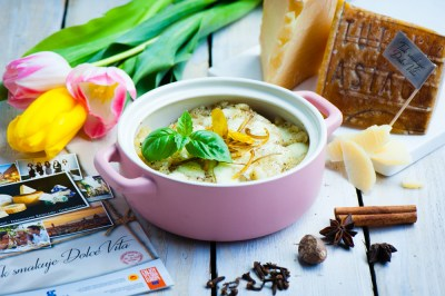 _MGP9887_asiago_soup_toasted_bread_male
