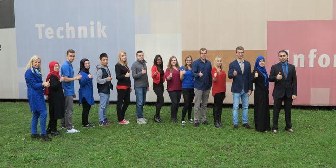 SocialMediaBalloon Team Wintersemester 2015/16