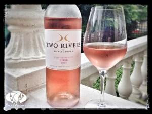 2015 Two Rivers L'ile de beaute rose, marlborough wine bottle social vignerons small