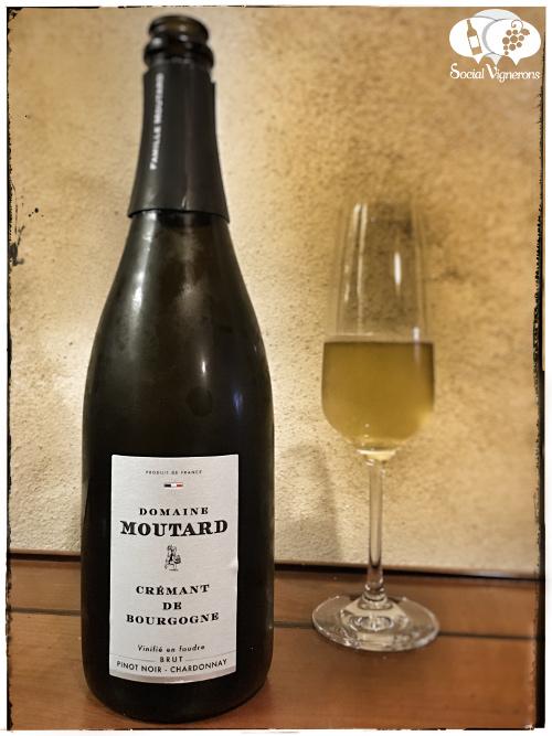 domaine-moutard-cremant-de-bourgogne-vinifie-foudre-brut-sparkling-front-label-wine