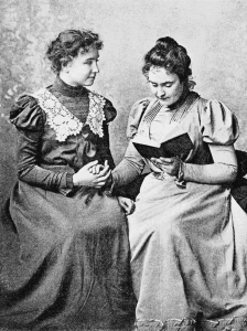 Miss Helen Keller and Miss Sullivan (1898)