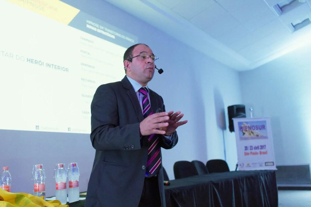 HipnoSur - Valdecy Carneiro fala sobre novos tratamentos para Síndrome do Pânico / Transtorno de Pânico