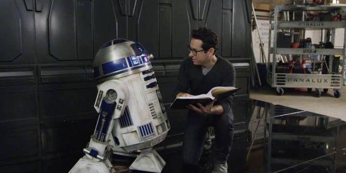 J.J. Abrams explica o porquê de não voltar à direção de novos Star Wars
