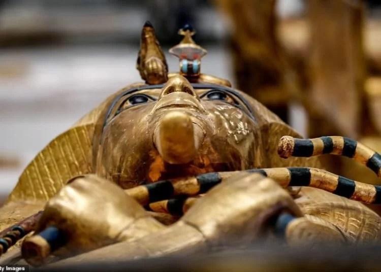 O caixão do Rei Tut