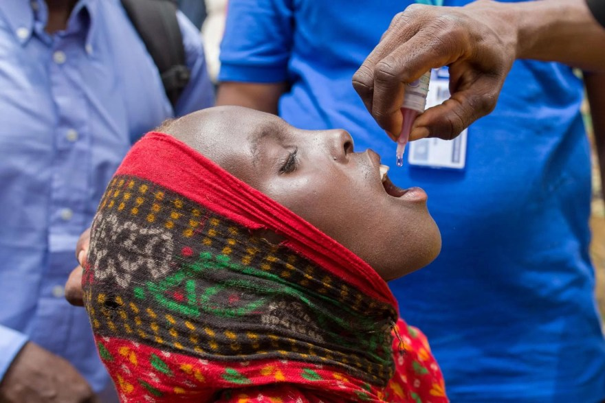 OMS, https://www.afro.who.int/news/africa-eradicates-wild-poliovirus