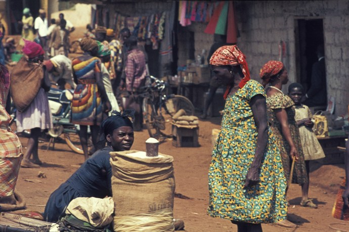 Women in Cameroon, 1969. By H. Grobe (Own work) [CC BY 3.0], via Wikimedia Commons