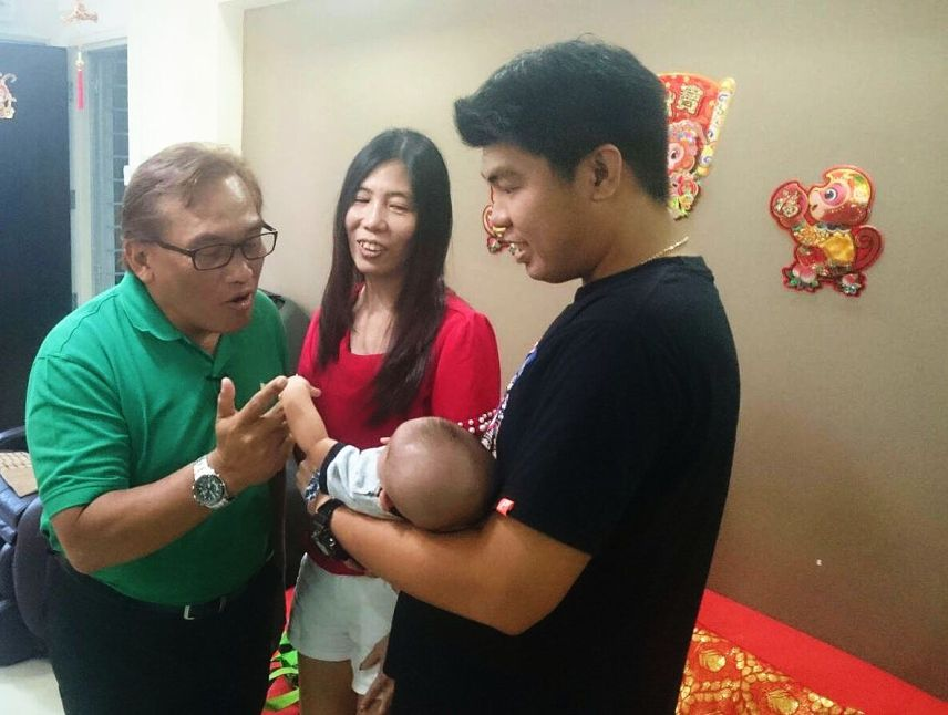 Ali, Tan, her eldest son Alvin and her grandson Felix.