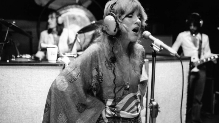 """Caught On Tape: Fleetwood Mac Hit The Studio, And Their """"Gypsy"""" Demo Is Unbelievable   Society Of Rock Videos"""