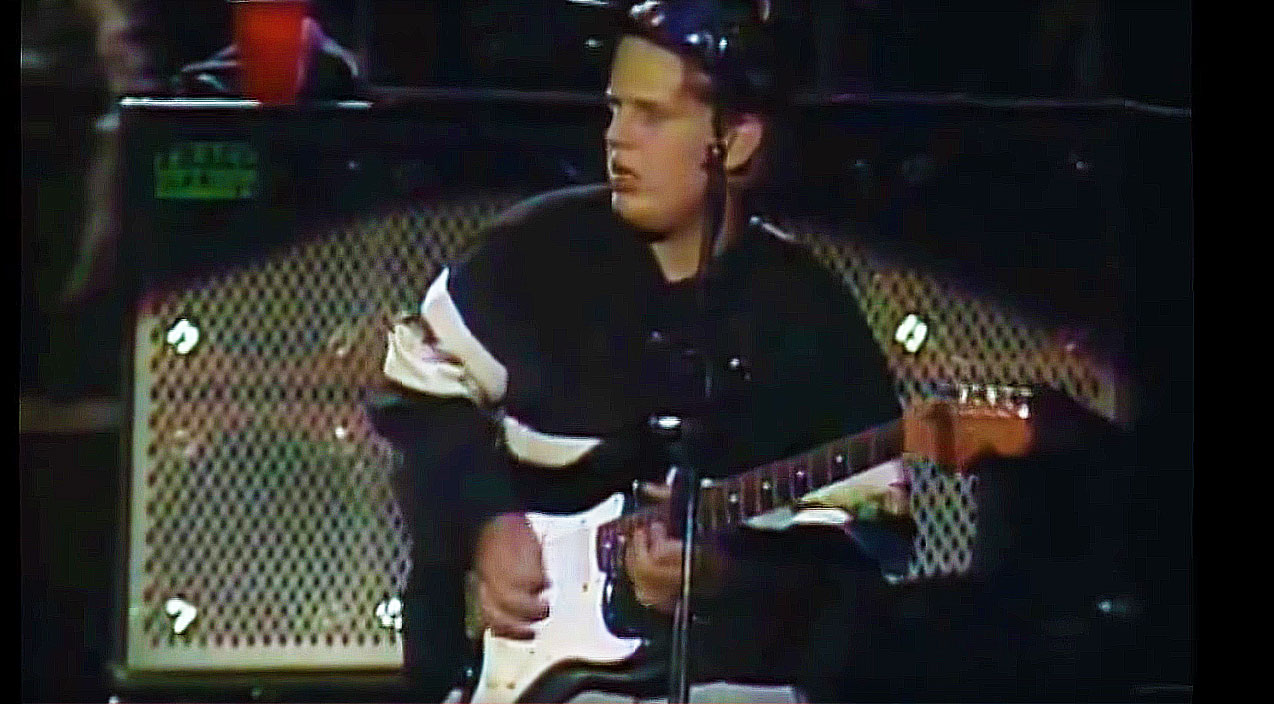 Check Out 16YearOld Joe Bonamassa Jamming With Robben
