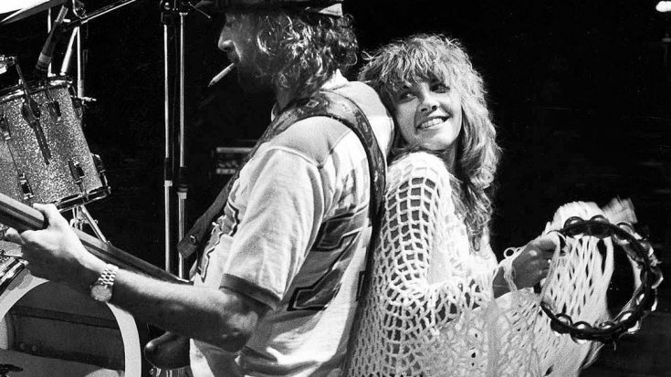"Rare Rehearsal Tape Reveals How Fleetwood Mac Brought ""Go Your Own Way"" To Life 