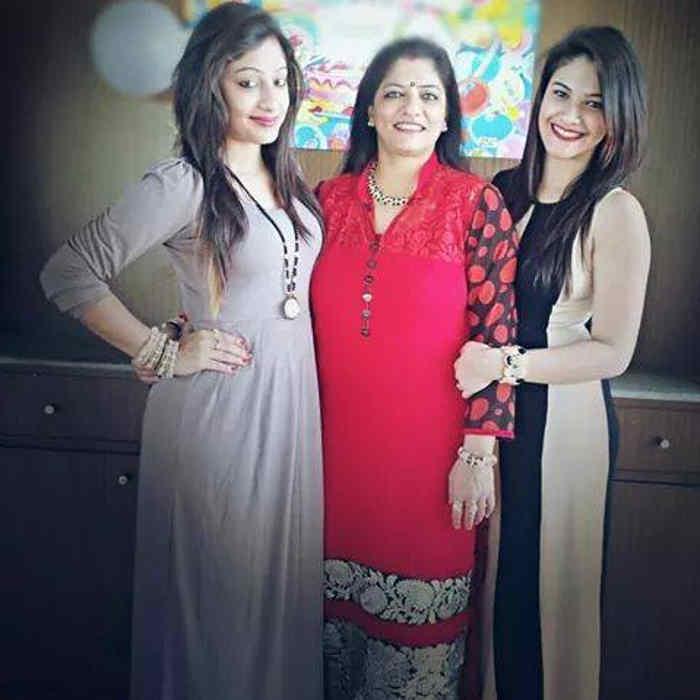 Tanishka Kapoor Family