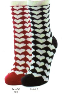 This Me moi Cozy Lined Sock comes in Black or Tanglo Red. Cream White hearts are all over. A gret present for a Valentine or any time.