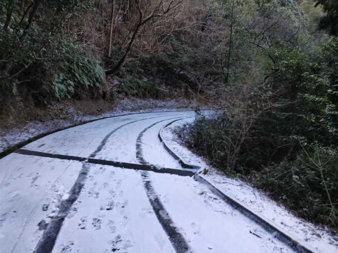 一蘭 太宰府店 前日 雪