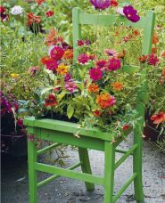20 Adorable Small Garden Ideas -- Love all these vibrant colors for the summer