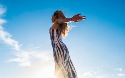 Indipendenza emotiva + consapevolezza = felicità
