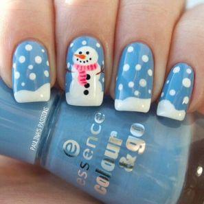 blogmas 2015, day 10, festive christmas nail art, white and blue, snowman, snow, inspiration, goals, artsy, tumblr, pinterest, bblogger