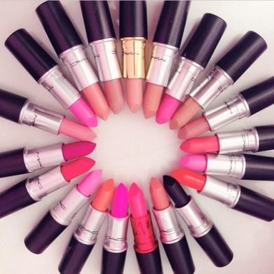 blogmas 2015, day 11, beauty wishlist, mac lipsticks, artsy, tumblr, pinterest, lots of lipsticks, in a circle