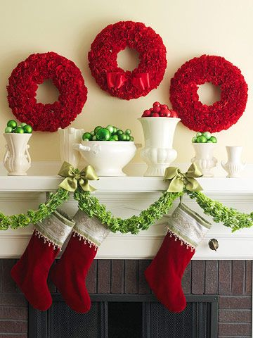 blogmas 2015, day 13, red and green appreciation post, christmas colours, red wreath, stockings, fireplace, artsy, tumblr, pinterest.
