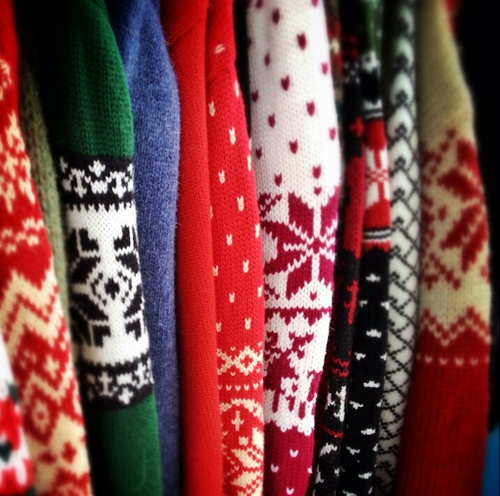 blogmas 2015, day 14, festive christmas jumpers, in a closet, artsy, tumblr, pinterest, snowflakes