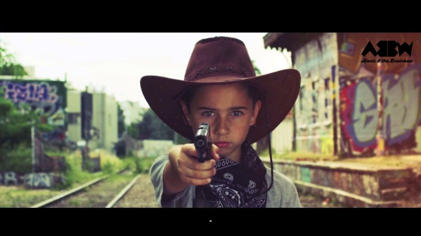 A Young Gun - Alexis and The Brainbow - sodwee.com