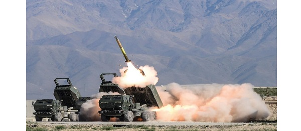 HIMARS firing on range in the United States.