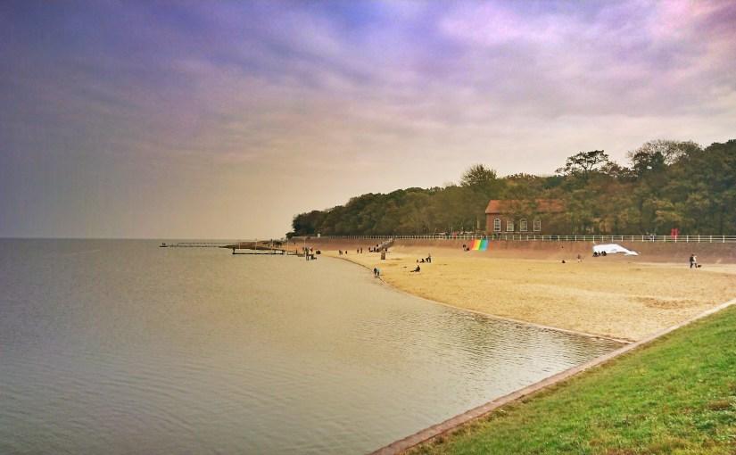 Küstenkommentar der Strandspaziergang