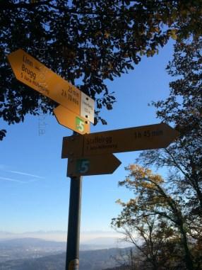 Wegweiser auf dem Linnerberg