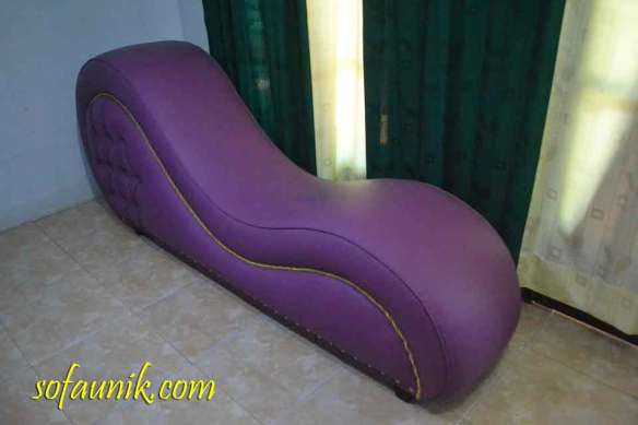 furniture untuk kamar tidur, furniture tempat tidur, bed room sofa, bedroom furniture, sofa sleep, sleep sofa, unique sofa