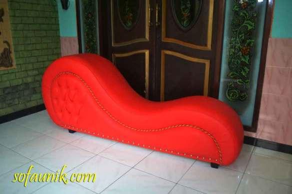 tantra chair, cara berhubungan intim, kursi tantra Jakarta, Hadiah ulang tahun pernikahan, alat bantu pria murah, alat pembantu pria
