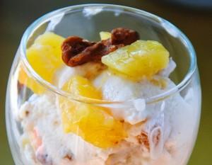 Παγωτό με αριάνι , ανθότυρο και ανανά , χωρίς ζάχαρη και με λίγα λιπαρά!