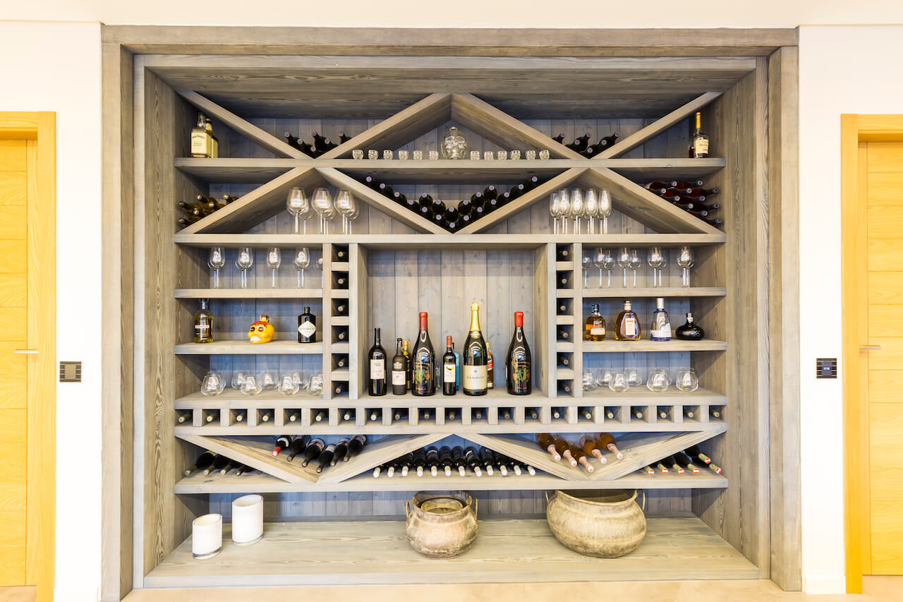 Casa SB - Garrafeira   SB House - Wine Cellar