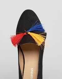 Black tassel shoe