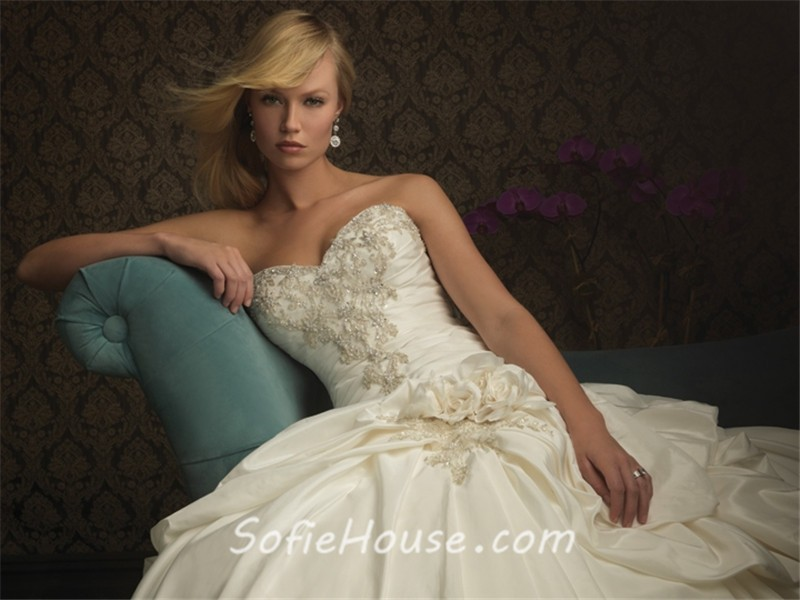 Ball Gown Sweetheart Ivory Taffeta Beaded Sequins Wedding