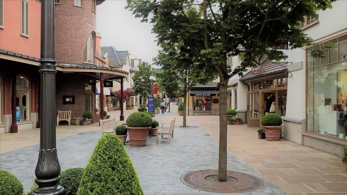 Maasmechelen Village