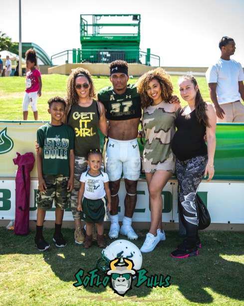 149 - USF Spring Game 2018 - USF DB Nate Ferguson with Family by Dennis Akers - SoFloBulls.com (3954x4942)