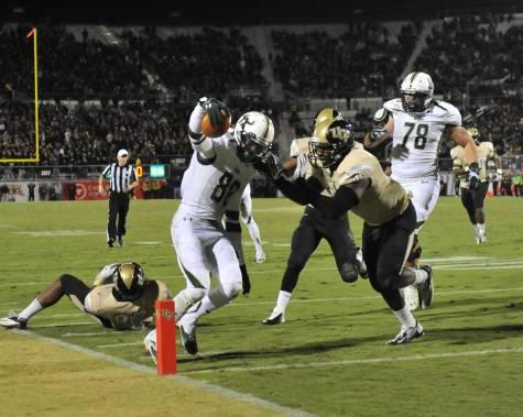 WR Chris Dunkley tip toes in for a TD vs UCF 2013 | SoFloBulls.com |