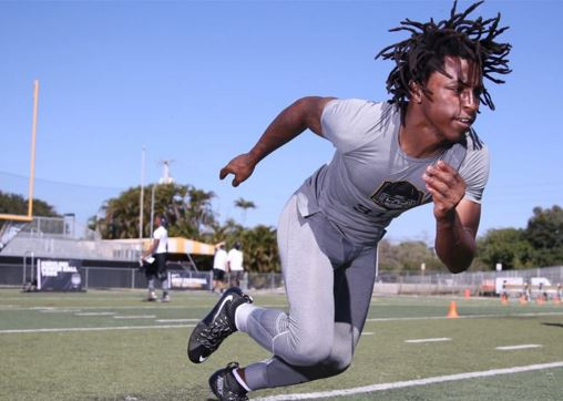 USF Lands Dynamic Miami-Central Receiver Phillips | SoFloBulls.com