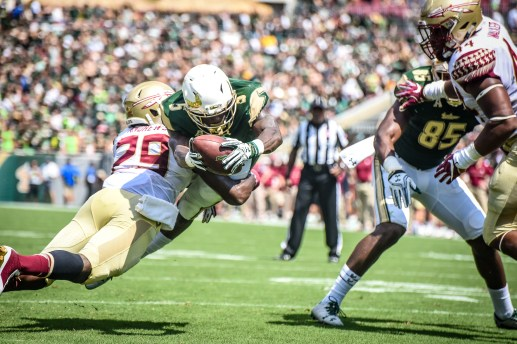 FSU vs USF 2016 65 - Marlon Mack and Nate Andrews head-to-head for the touchdown by Dennis Akers (4512x3008)