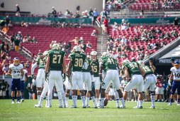 35 USF vs ECU 2016 - USF S Austin Hudson DB Jalen Spencer and LB Greg Reaves (6016x4016)