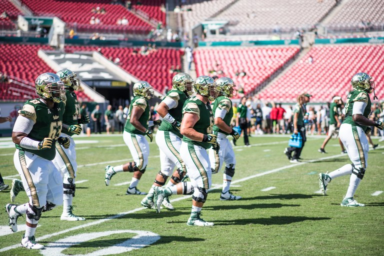 5 USF vs ECU 2016 - USF Offensive Line Pre-Game (6016x4016)