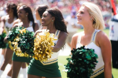 50 USF vs ECU 2016 - USF Cheerleaders (6016x4016)