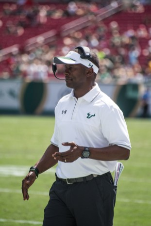 67 USF vs ECU 2016 - USF Head Coach Willie Taggart (4016x6016)