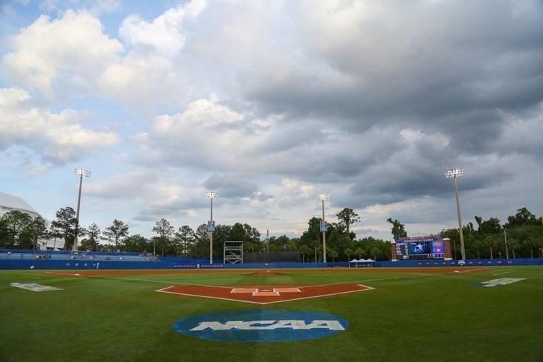 Florida Gators vs. USF Bulls Baseball Game 2017 CWS Regional McKethan Stadium Pre-Game Shot   SoFloBulls.com (1024x682)