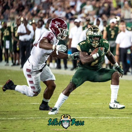 136 - Temple vs. USF 2017 - USF RB D'Ernest Johnson by Dennis Akers | SoFloBulls.com (2694x2694)