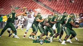 154 - Temple vs. USF 2017 - USF RB Trevon Sands begind the OL by Dennis Akers | SoFloBulls.com (5872x3303)