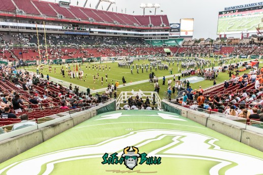 21 - Illinois vs. USF 2017 - USF on Raymond James Stadium Field Shot by Dennis Akers | SoFloBulls.com (5970x3985)